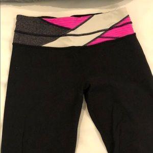Lululemon Groove Flare Pant Yoga size 6